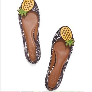 Tory Burch pineapple flats